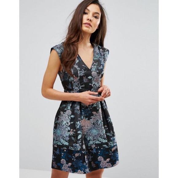 4fcb3d68478e Oasis Butterfly Jacquard Skater Dress. M_5cba120810f00f137cdd8375